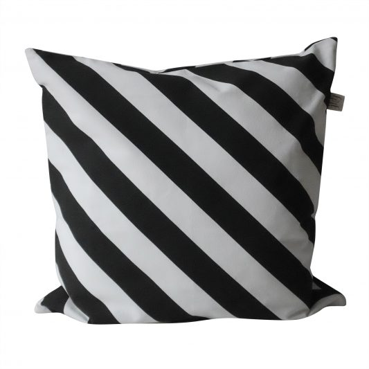 Polka_Pillow_Black