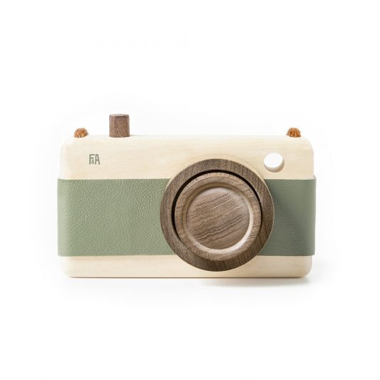 F&A_camera_green_1