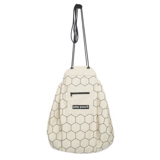 printed_play_pouch_honeycomb_hanging