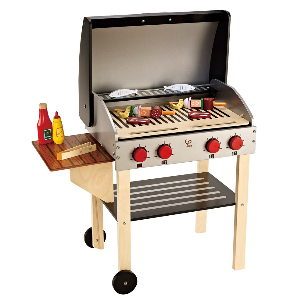 Leo bella hape gourmet barbecue grill with food for Cuisine wooden