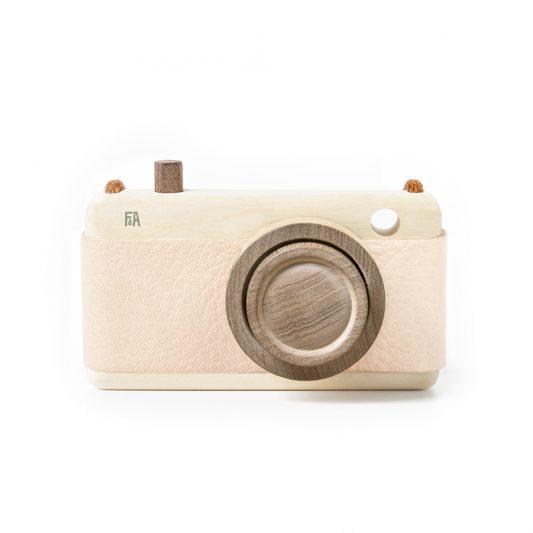F&A_camera_pink_1
