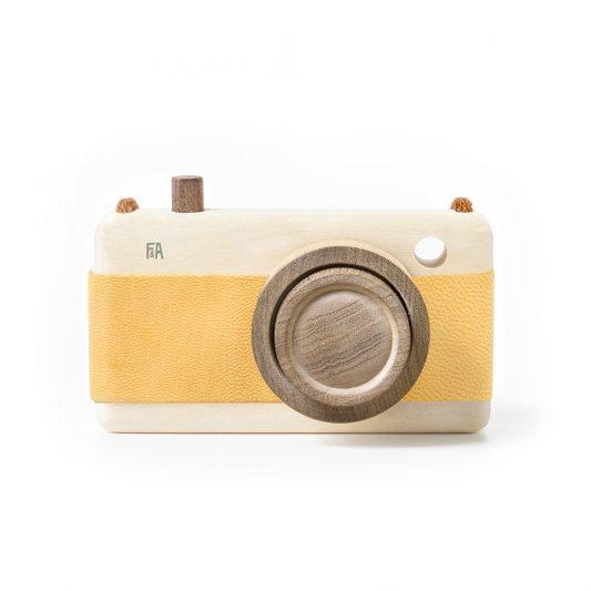 F&A_camera_yellow_1