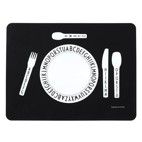 design letter placemat black