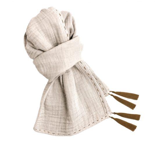 scarf-mum-s000-low-def