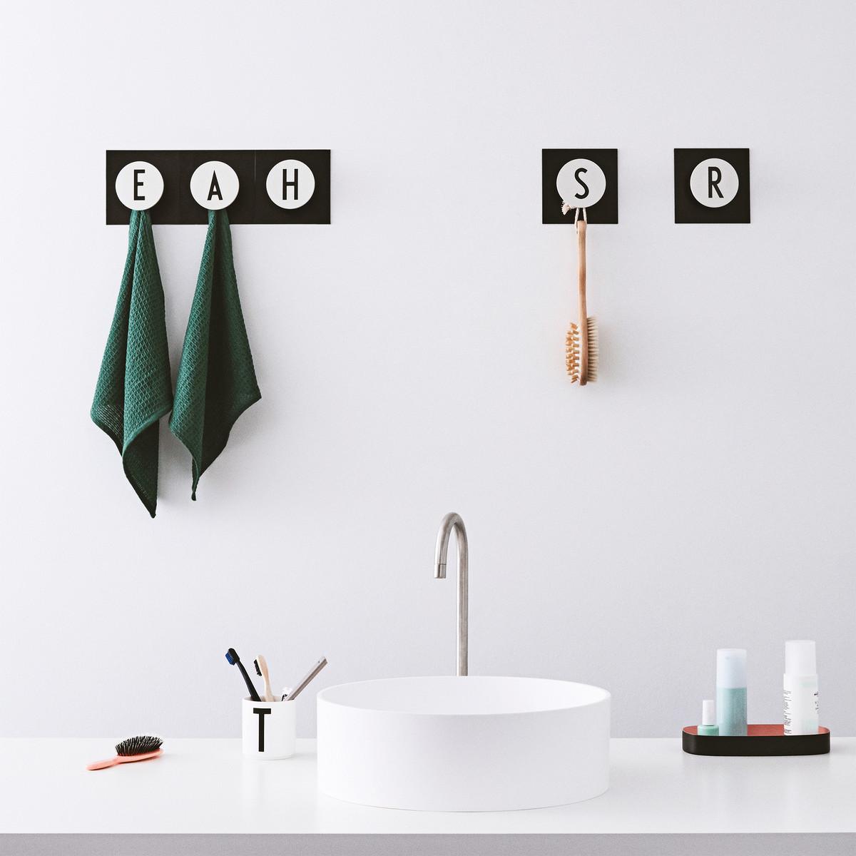 leo bella design letters arne jacobsen hook2 a z wall hooks. Black Bedroom Furniture Sets. Home Design Ideas