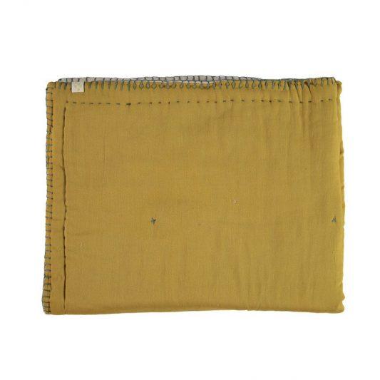 goldden-quilt-1_47139f37-5139-4d51-947f-52cfe51ab821_1024x1024