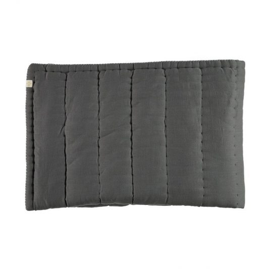dark-grey-quilt-1_9c762144-1ea1-4c99-8510-7f8c93be4a85_1024x1024