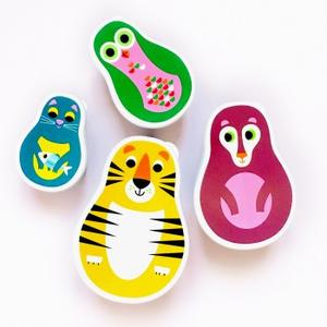 Omm-Design-Animal-Nesting-Lunch-Boxes-Wiggles-Piggles_300x